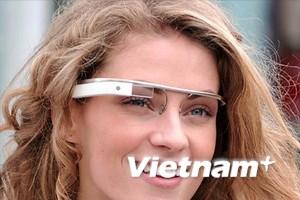 Đối thủ với Google Project Glass tại CES 2013