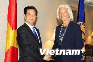 Đề nghị IMF tiếp tục phối hợp chặt chẽ với Việt Nam