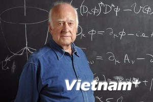 """2 nhà khoa học giành Nobel Vật lý nhờ """"Hạt của Chúa"""""""