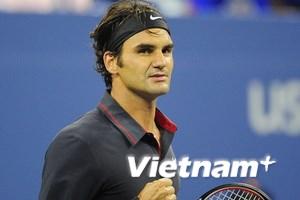 """Federer """"tốc hành"""""""