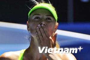 Maria Sharapova đối đầu Petra Kvitova ở bán kết