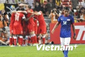 Nhà vô địch Malaysia thua thảm trước Singapore