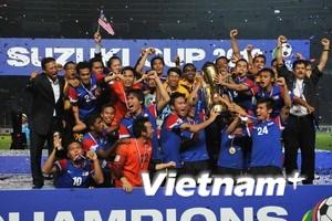 Cả nước Malaysia nghỉ 1 ngày mừng chức vô địch