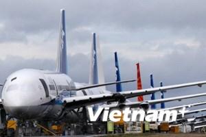 787 trở lại đường băng