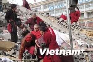 Hơn 1.000 người được cứu thoát sau động đất