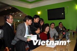 Người Việt tại Đức bình chọn cho Vịnh Hạ Long