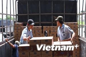 21.000 thùng sữa gửi tặng đồng bào miền Trung