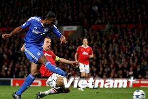 Chelsea là đội gần nhất thắng M.U ở Old Trafford