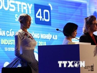 [Video] Robot Sophia và thách thức khi phát triển người máy AI