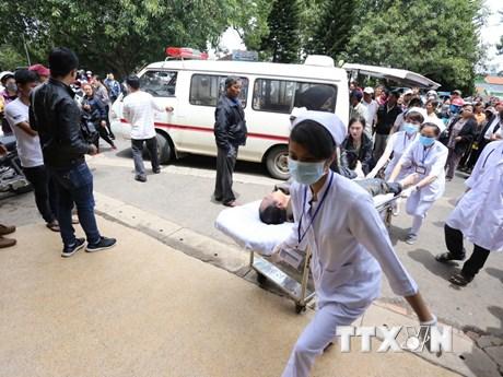 Cấp cứu, hỗ trợ nạn nhân vụ tai nạn thảm khốc tại Lâm Đồng