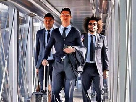 Dàn sao Real Madrid đặt chân đến Italy, quyết chiến Juventus