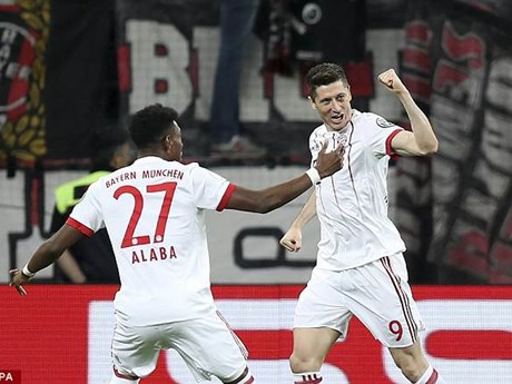 [Photo] Bayern hủy diệt Leverkusen 6-2, giành vé vào chung kết