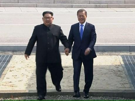 [Photo] Cận cảnh cuộc gặp thượng đỉnh liên Triều lịch sử