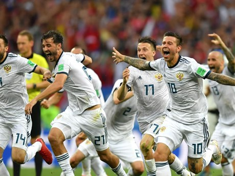 [Photo] Chiến thắng lịch sử của tuyển Nga trước Tây Ban Nha