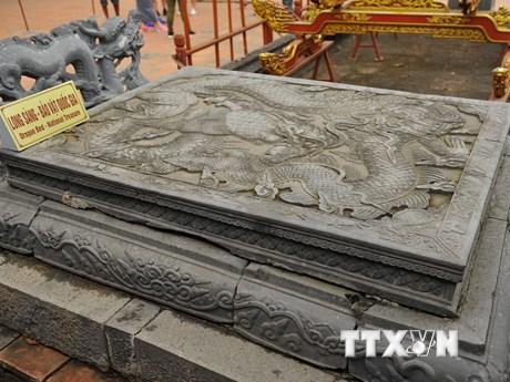 [Photo] Ngắm long sàng - Bảo vật Quốc gia ở cố đô Hoa Lư