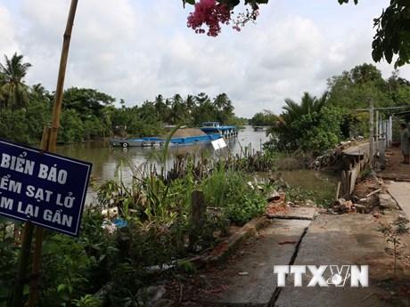 [Photo] Sạt lở nghiêm trọng đe dọa cuộc sống người dân Hậu Giang