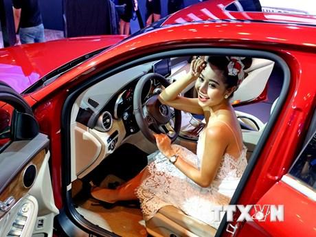 [Photo] Giới thiệu hơn 80 mẫu xe tại triển lãm ôtô Việt Nam 2017