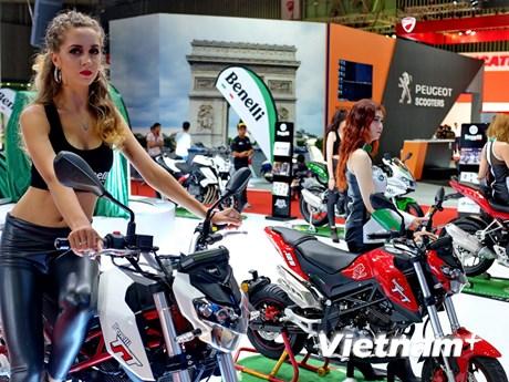 """[Photo] """"Tự do bứt phá"""" với triển lãm xe máy Việt Nam 2017"""