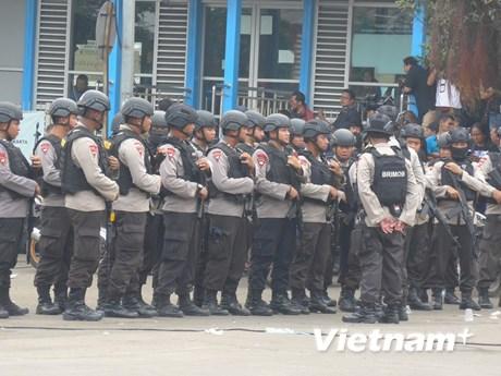 [Photo] Indonesia tăng cường an ninh sau vụ đánh bom ở Jakarta