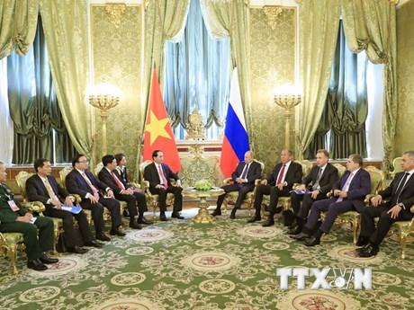 Hình ảnh Tổng thống Nga hội đàm với Chủ tịch nước Trần Đại Quang