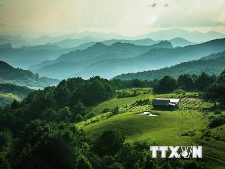 """Phong cảnh núi rừng Cao Bằng tuyệt đẹp """"hút hồn"""" du khách"""
