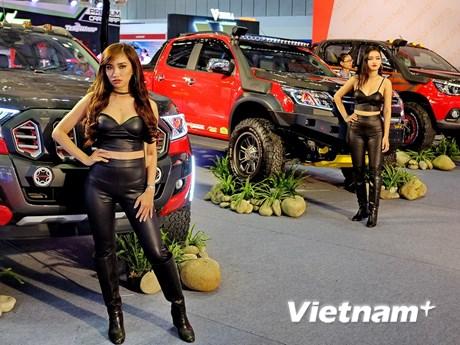 Toàn cảnh khai mạc triển lãm ôtô quốc tế Việt Nam-VIMS 2017