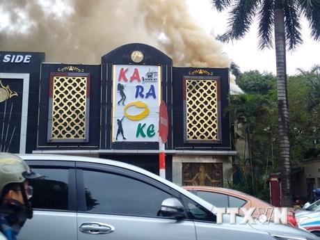 Điều tra nguyên nhân vụ cháy lớn tại quán Karaoke ở Linh Đàm