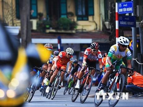 Những hình ảnh ấn tượng tại chặng 4 Giải xe đạp Cúp HTV lần thứ 3