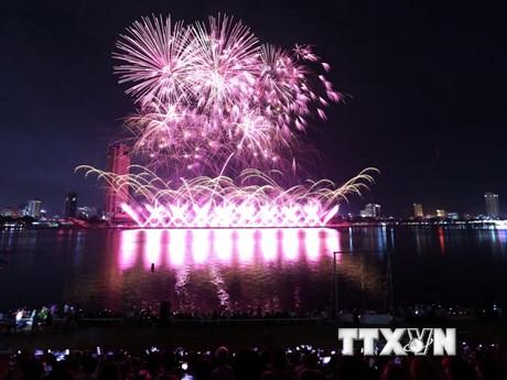 Nhìn lại màn biểu diễn ấn tượng trong đêm thi Pháo hoa quốc tế Đà Nẵng