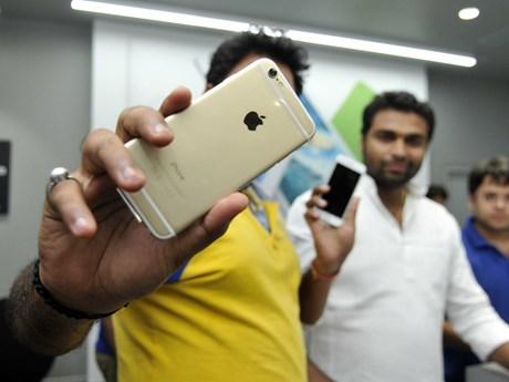 Apple trầy trật kinh doanh ở Ấn Độ, bán chưa được 1 triệu iPhone