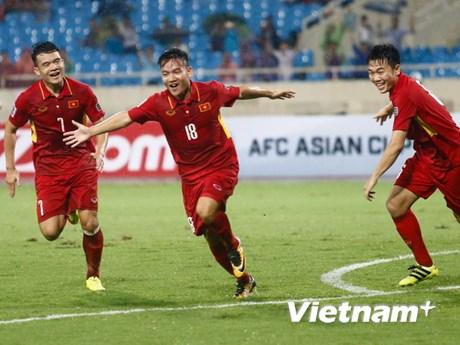 Đè bẹp Campuchia, tuyển Việt Nam chia tay đẹp với HLV Mai Đức Chung