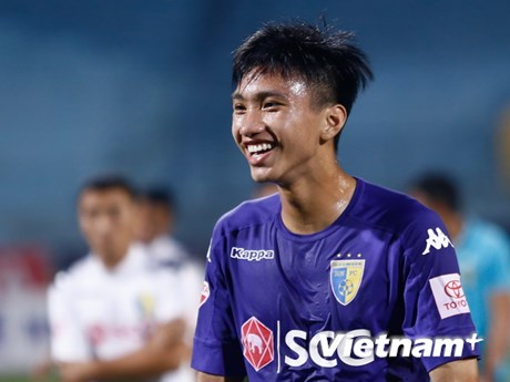 Đoàn Văn Hậu và những phát hiện đặc biệt của V-League 2017