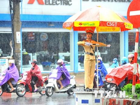 """[Photo] Những """"bóng hồng"""" cảnh sát giao thông tại Ninh Bình"""