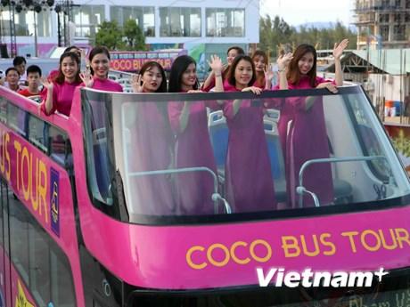[Photo] Trải nghiệm xe buýt 2 tầng mui trần quanh Đà Nẵng