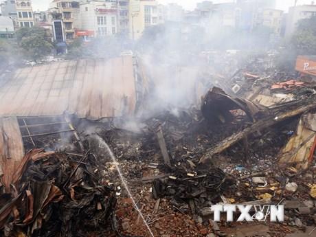 [Photo] Hình ảnh Siêu thị Thành Đô tan hoang sau đám cháy lớn