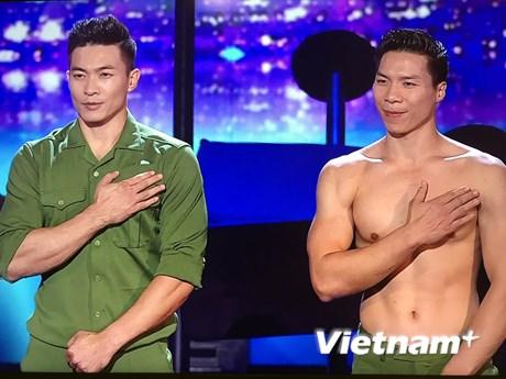 """Các """"hoàng tử"""" xiếc Việt Nam trong đêm chung kết Britain's Got Talent"""