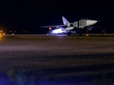 Không quân Nga tại Syria xuất kích tấn công IS trong đêm