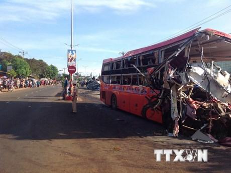 [Photo] Hiện trường vụ tai nạn thảm khốc ở Gia Lai làm 11 người chết