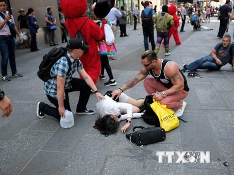"""[Photo] Hiện trường vụ """"xe điên"""" làm loạn ở Quảng trường Thời đại"""