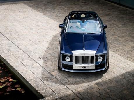 Sửng sốt với vẻ đẹp của chiếc Rolls-Royce có giá gần 300 tỷ đồng