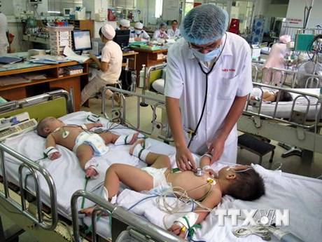 TP.HCM: Dịch bệnh tay chân miệng lây lan nhanh