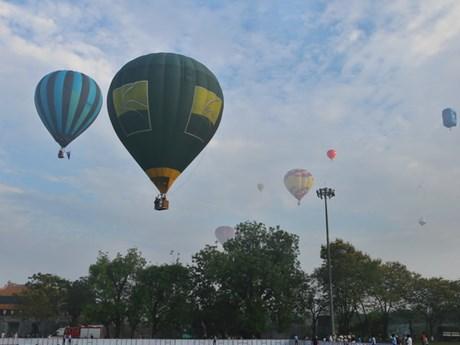 [Photo] Choáng ngợp với lễ hội khinh khí cầu quốc tế tại Huế