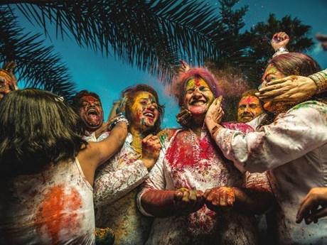 Ảnh đẹp trong tuần: Độc đáo lễ hội sắc màu Holi ở Ấn Độ