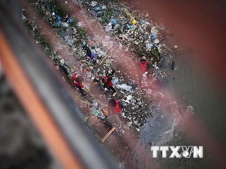 """[Photo] Giải pháp nào để giải quyết """"ô nhiễm nhựa và nilon?"""