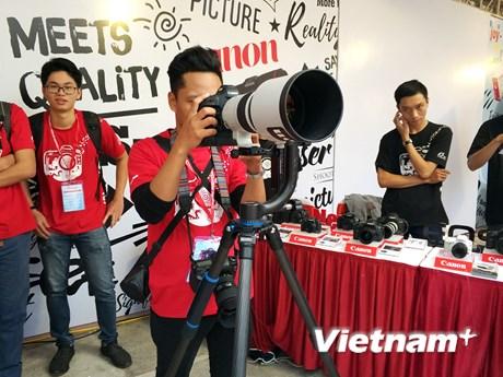 [Photo] Hàng ngàn thí sinh Canon PhotoMarathon khuấy động Hà Nội