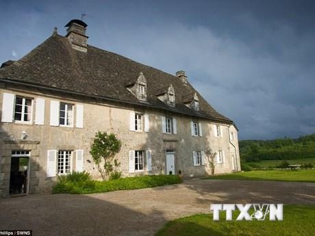 Chiêm ngưỡng lâu đài triệu euro được mua với giá chỉ 10 bảng Anh