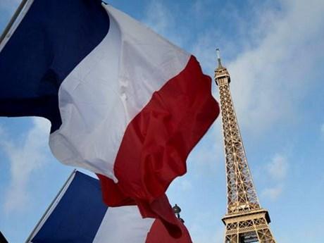 Việt Nam gửi điện mừng Quốc khánh nước Cộng hòa Pháp