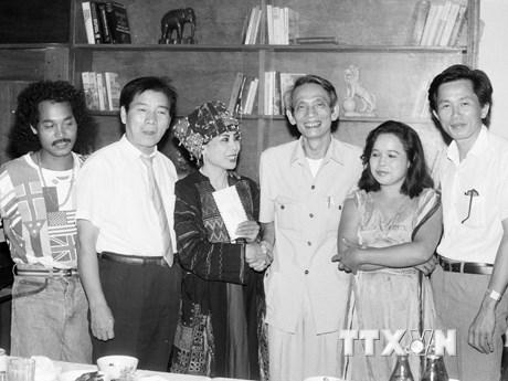 [Photo] Những khoảnh khắc đáng nhớ trong sự nghiệp nhà báo Đỗ Phượng
