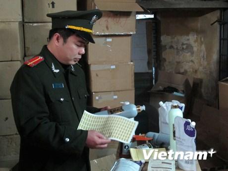 Cận cảnh kho mỹ phẩm nhập lậu tại số 9 phố Ngọc Hồi