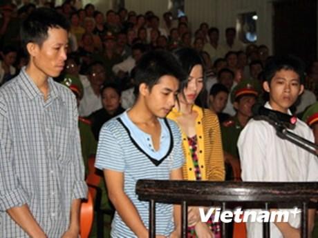 49 năm tù cho những kẻ hành hạ cháu Hào Anh